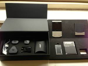 Blackberry Porsche design, BBM PIN 2817DD63