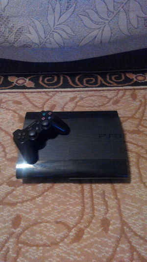 Продам Sony PlayStation 3 super slim + ИГРЫ