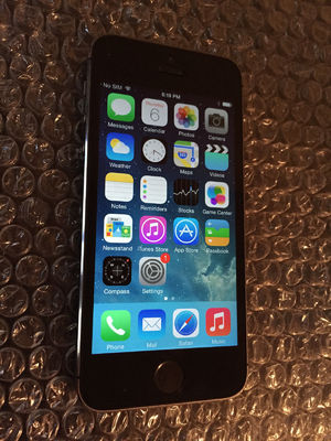 Фото: Продам iPhone 5S 16Gb