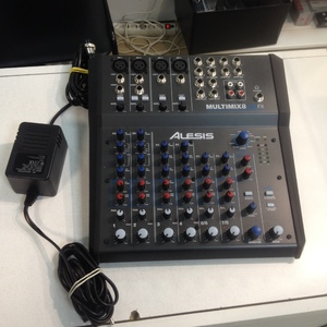 Фото: Микшерный пульт Alesis multimix 8 USB